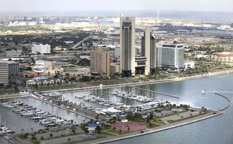 Downtown Corpus Christi overlooks the port. Photo: Bob Owen, San Antonio Express-News