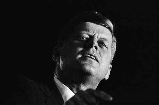 Democratic presidential nominee John F. Kennedy speaks at a campaign event on November 1, 1960, in San Francisco. Photo: Michael Ochs Archives, Getty Images / Michael Ochs Archives