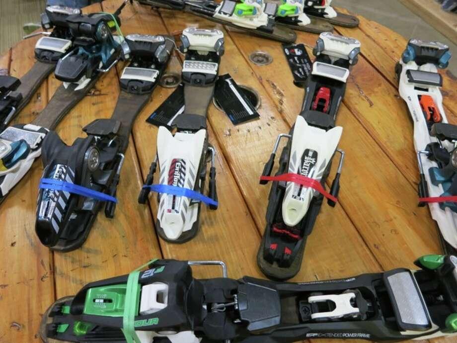 ski bindings Photo: Jules