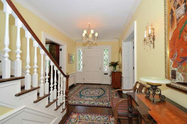 Elegant Foyer Jobs : On the market a star turn by classic colonial old post