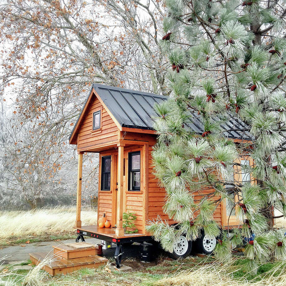 Some tiny houses resemble log cabins. Photo: Flickr Creative Commons/Rowdy Kittens