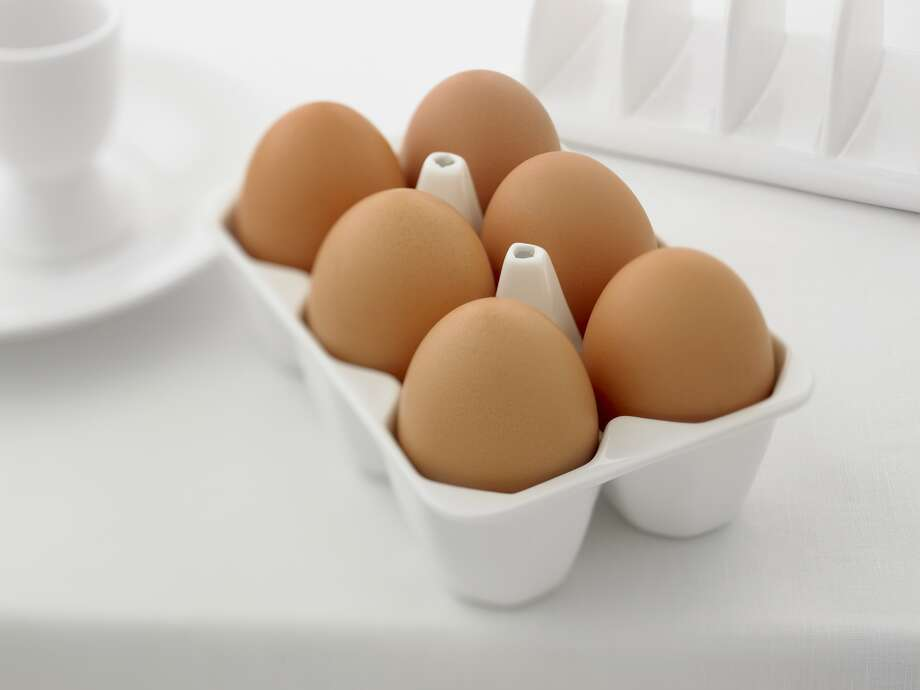 1. Eggs   Skip the bagel this morning. Eggs, which are full of protein, will help you feel fuller longer — a lot longer. A multicenter study of 30 overweight or obese women found that those who ate two scrambled eggs (with two slices of toast and a reduced-calorie fruit spread) consumed less for the next 36 hours than women who had a bagel breakfast of equal calories. Other research has shown that protein may also prevent spikes in blood sugar, which can lead to food cravings.   Reprinted with Permission of Hearst Communications, Inc. Originally Published: 15 Foods to Help You Lose Weight Photo: Adam Gault, OJO Images Via Getty Images