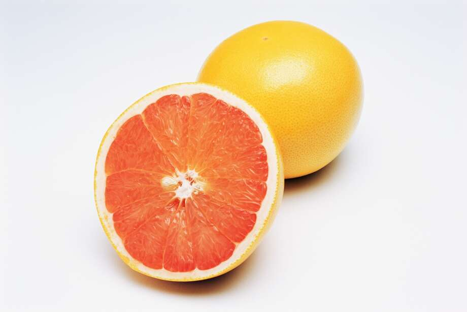 A 2006 study of 91 obese people conducted at the Nutrition and Metabolic Research Center at Scripps Clinic found that eating half a grapefruit before each meal or drinking a serving of the juice three times a day helped people drop more than three pounds over 12 weeks. The fruit's phytochemicals reduce insulin levels, a process that may force your body to convert calories into energy rather than flab. Photo: Image Source, Getty Images