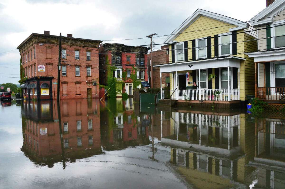 Flooding at the intersection of Canvass and Oneida Streets Thursday Sept. 12, 2013, in Cohoes, NY. (John Carl D'Annibale / Times Union)