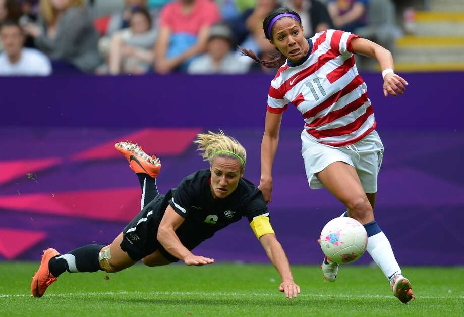 New Zealand's defender Rebecca Smith (L) vies with United States's forward Sydney Leroux  during the London 2012 Olympic Games womens football match between USA and New Zealand at St James' Park in Newcastle, north-east England on August 3, 2012. AFP PHOTO / ANDREW YATES        (Photo credit should read ANDREW YATES/AFP/GettyImages) Photo: AFP/Getty Images