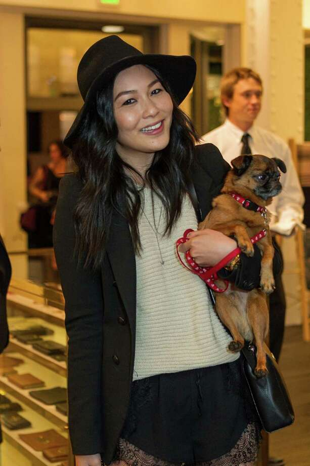 Lindsey Louise with her dog Biggie Smals at The Mulberry Wonderland launch party, hosted by Mulberry, Vanessa Getty and Harper's BAZAAR on November 14, 2013. Photo: Drew Altizer Photography/SFWIRE, Drew Altizer Photography / ©2013 by Drew Altizer, all rights reserved