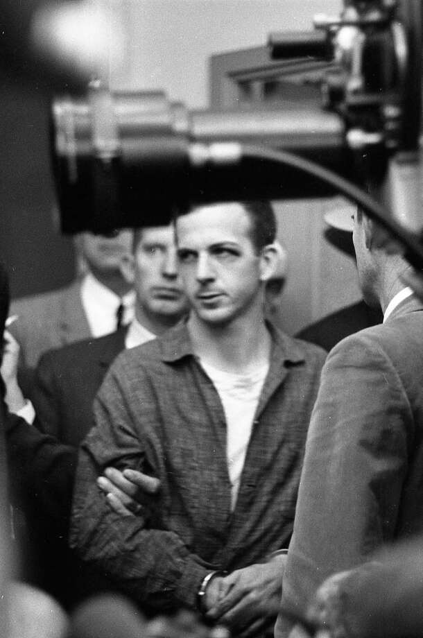Lee Harvey Oswald at a news conference at Dallas Police Department headquarters, Nov. 22, 1963. Photo: Houston Chronicle / Houston Chronicle