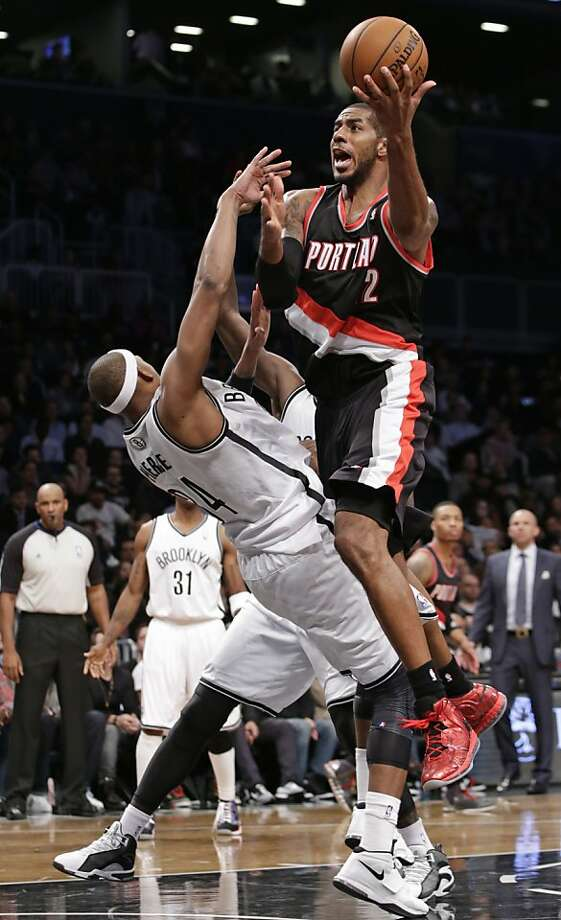 LaMarcus Aldridge led Portland to victory. Photo: Kathy Willens, Associated Press