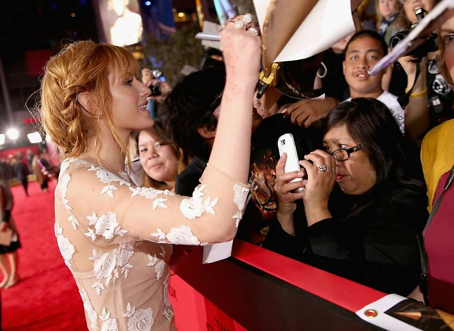 "Actress Bella Thorne attends premiere of Lionsgate's ""The Hunger Games: Catching Fire"" - Red Carpet at Nokia Theatre L.A. Live on November 18, 2013 in Los Angeles, California. Photo: Christopher Polk, Getty Images"