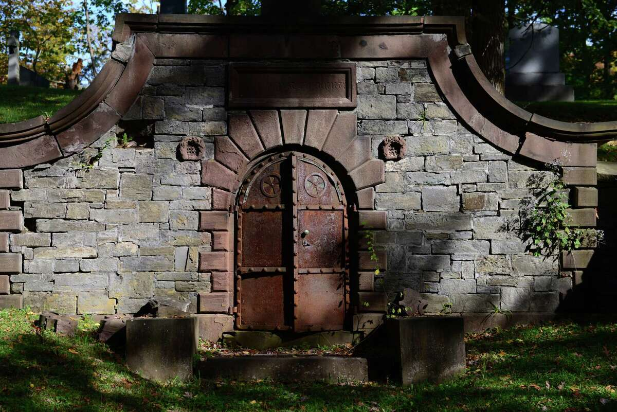 """The hillside crypt of Capt. Volkert Petrus Douw. The creepy-looking crypt was featured in the film """"Ironweed."""""""