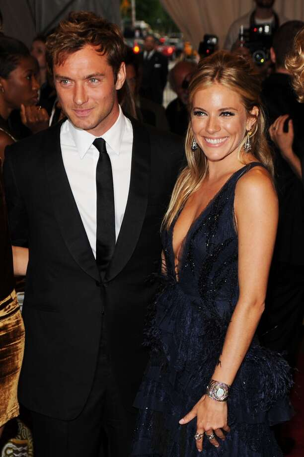 Sienna Miller with Jude Law in 2010. Photo: Dimitrios Kambouris, FilmMagic