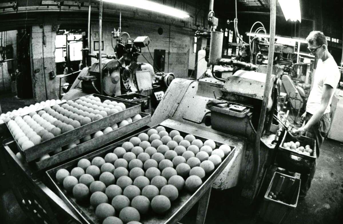 Willard Wright of Rensselaerville works at the Albany Billiard Ball Company, January 1978 in Albany, (Bob Richey/Times Union archive)