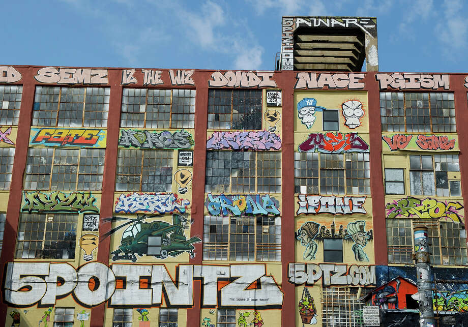 A view of the outdoor graffiti art exhibit 5 Pointz August 15, 2012 in Long Island City, New York. Photo: DON EMMERT, AFP/Getty Images / 2012 AFP