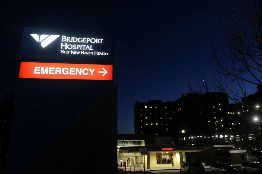 BRIDGEPORT HOSPITAL, BRIDGEPORT Average (median) time ER patients with broken bones had to wait before getting pain medication:32minutes Percentage of ER patients with stroke symptoms who received brain scan results within 45 minutes of arrival: N/A Click through the slideshow to find out how quickly ERs in Connecticut give treatment.Data applies to Medicare patients and non-Medicare treated at hospitals participating in hospital outpatient and inpatient quality data reporting programs. Source:Hospital Compare