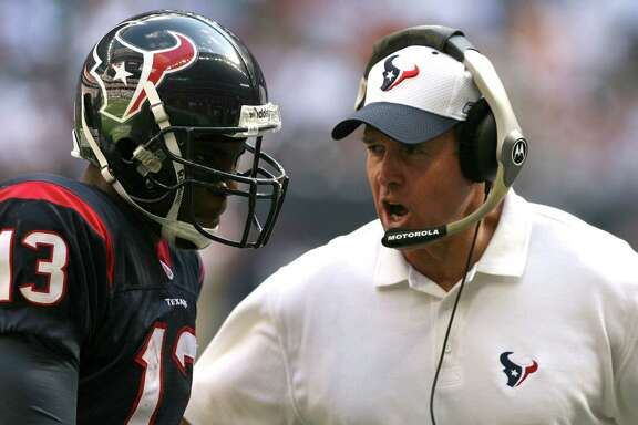 The not so good old days of 2005, the last time the Texans were struggling like they are now, saw the Dom Capers era coming to an end as the 2-14 team had only one Pro Bowler in return man Jerome Mathis, left.