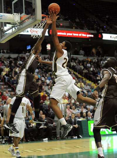 Siena's Lavon Long goes in for a score during their men's college basketball game against St. Bonave