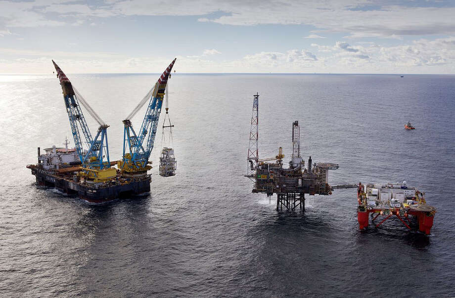 A new module is lifted on to BP's Andrew platform,  located approximately 230 kilometres North East of Aberdeen, Scotland. Photo: BP