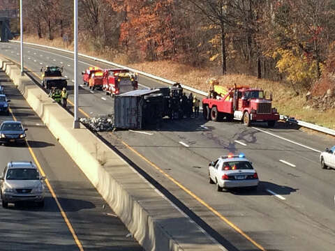 Truck crash closes I-95 south for four hours - GreenwichTime
