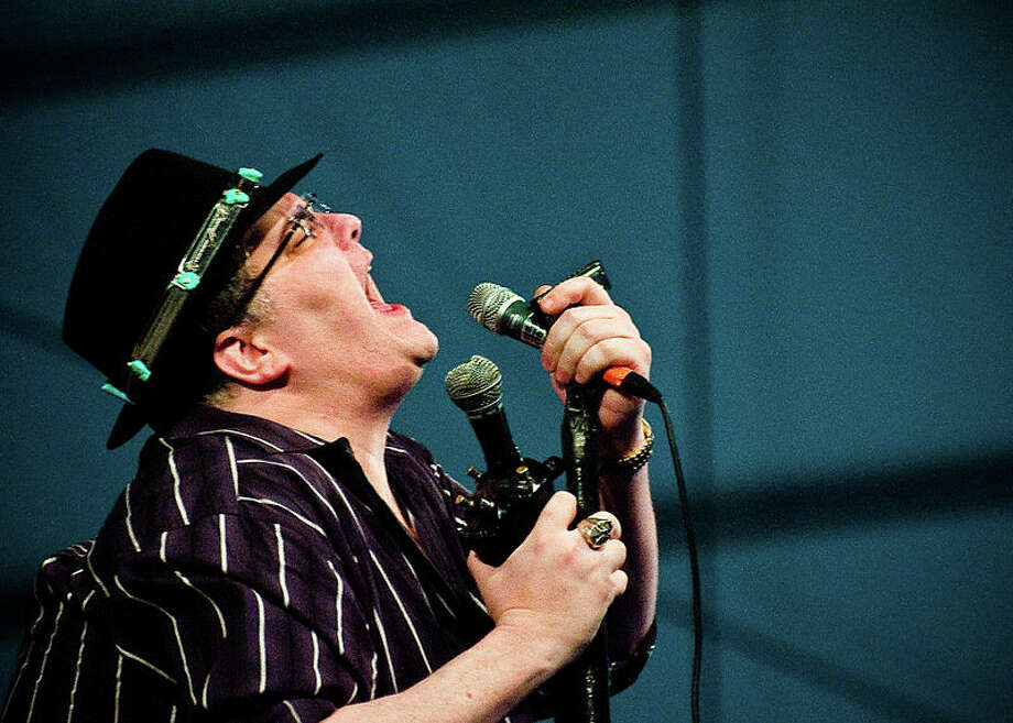 Blues Traveler (Photo Credit: mainetoday.com)