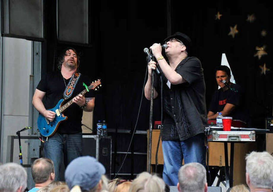 Blues Traveler (Photo Credit: aggrego.com)