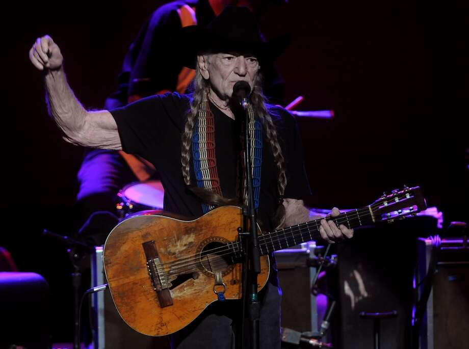 Country legend Willie Nelson performs at the Stafford Centre Tuesday night Nov.19. Photo: Dave Rossman, For The Houston Chronicle