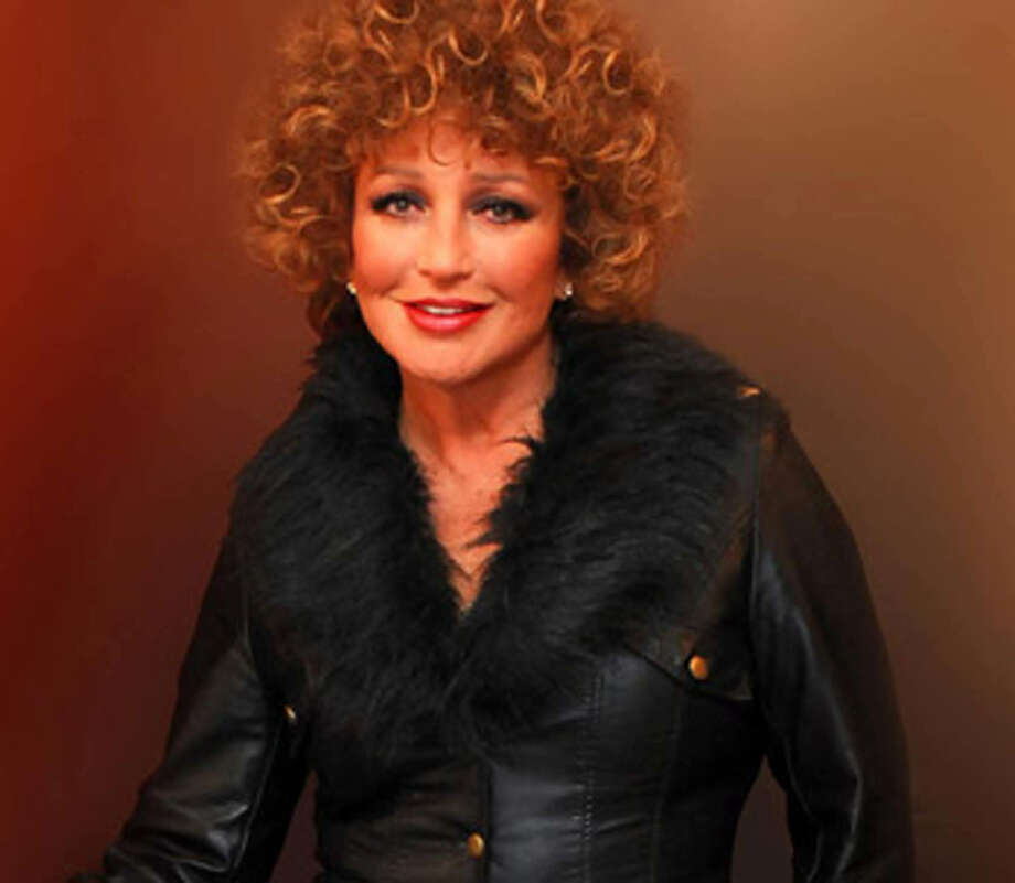 Angélica María was a role model but was, eventually, eclipsed by las americanas Laverne and Shirley. Photo: Courtesy LatinWE