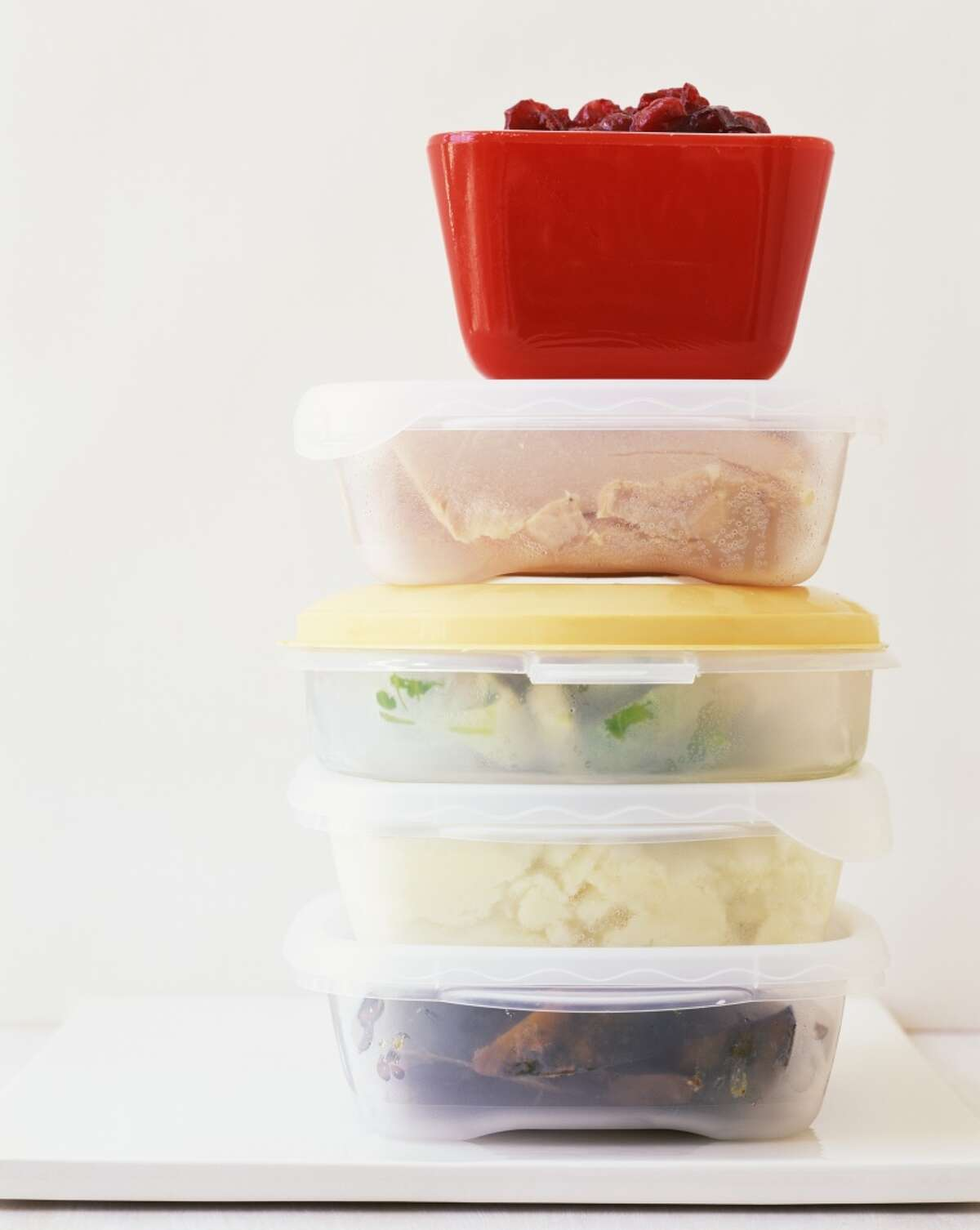 """Organize a """"Thanksgiving Leftover"""" Potluck: After the big day, host a Thanksgiving Leftover potluck meal with friends, family, or neighbors. Divvy up dishes so that not everyone brings the same thing or the same course."""