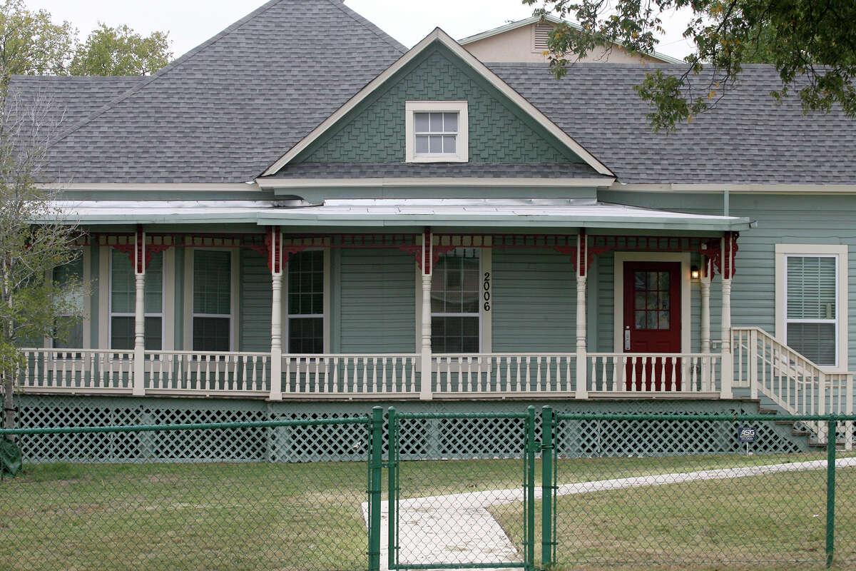 Carol Burnett childhood home at 2006 W. Commerce St. is being considered for historic landmark designation.