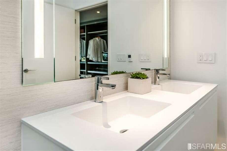 Sink close up.  Photos via MLS/Frank Nolan, Vanguard Properties