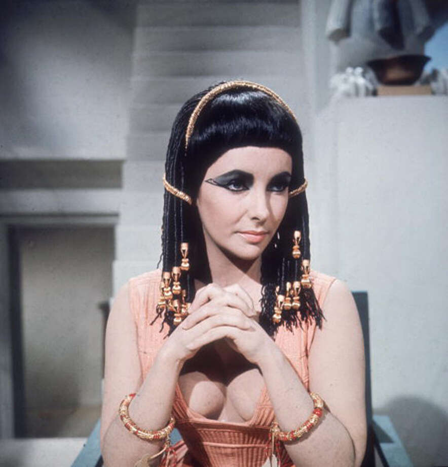 """Cleopatra"" was the top-grossing film of the year Photo: Hulton Archive, Getty Images / Moviepix"