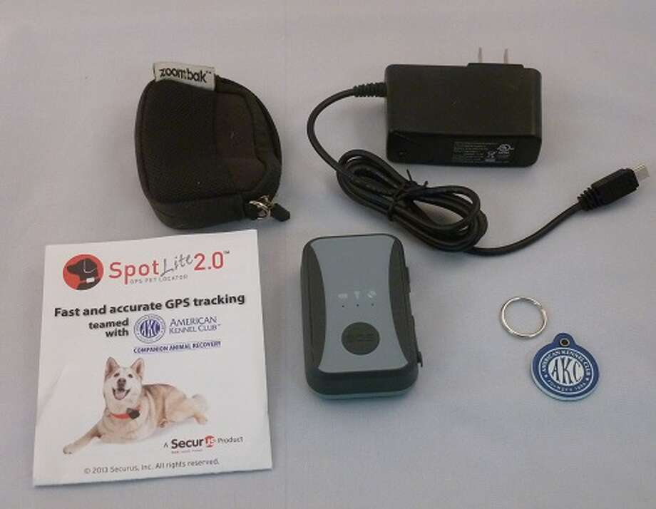 A Blogger for the Times Union Rachel Baum suggests you to get The Spotlite 2.0, a pet GPS tracking device, for your pet-loving family members and friends - Photo from The Gageteer