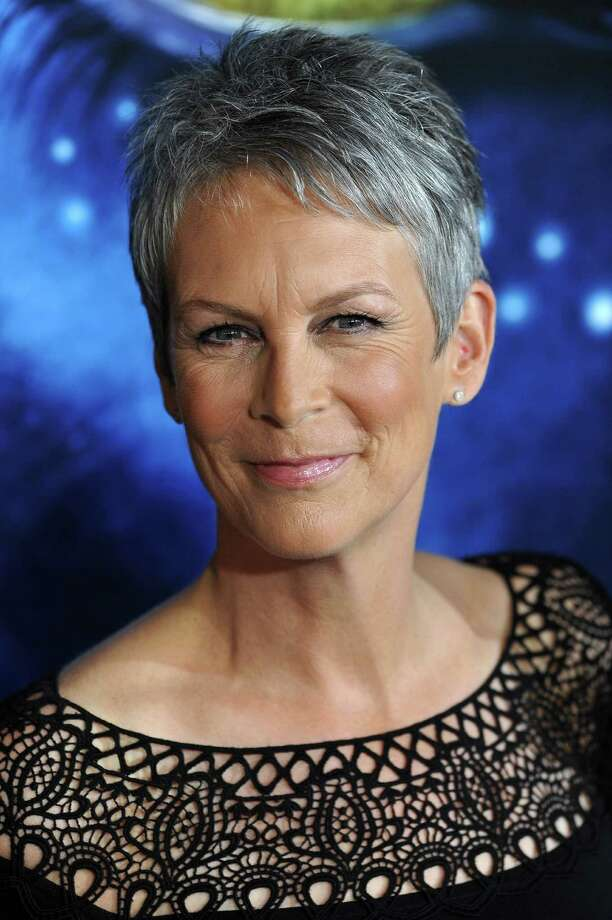 "Actress Jamie Lee Curtis arrives at the premiere of ""Avatar,"" at the Grauman's Chinese Theatre, in the Hollywood section of Los Angeles, California on December 16, 2009.    AFP PHOTO / Robyn Beck (Photo credit should read ROBYN BECK/AFP/Getty Images) Photo: ROBYN BECK / AFP"
