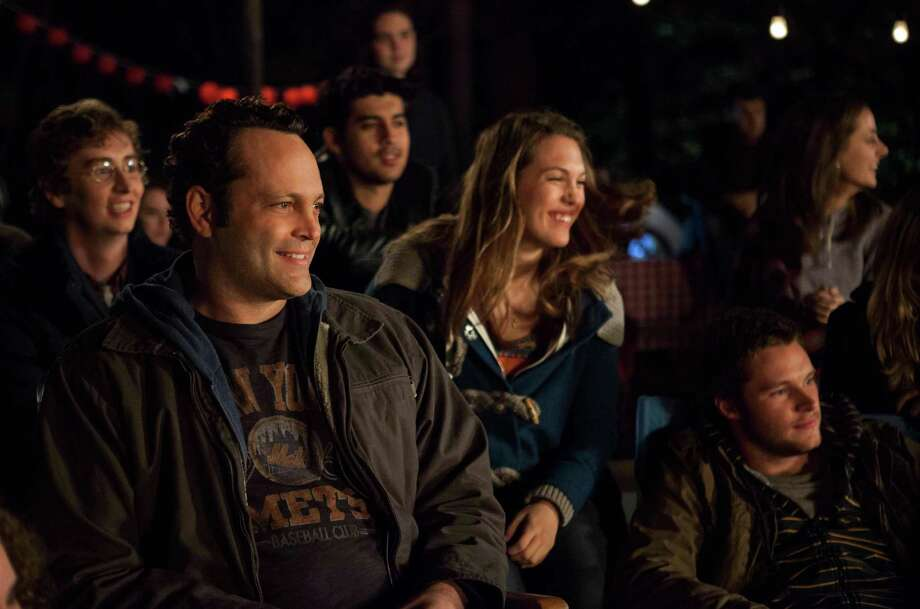 """This image released by Disney DreamWorks II Distribution Co. shows Vince Vaughn, left, in a scene from """"Delivery Man"""". (AP Photo/Disney-DreamWorks II Distribution Co., Jessica Miglio) Photo: Jessica Miglio, HOEP / Disney-DreamWorks II Distributio"""