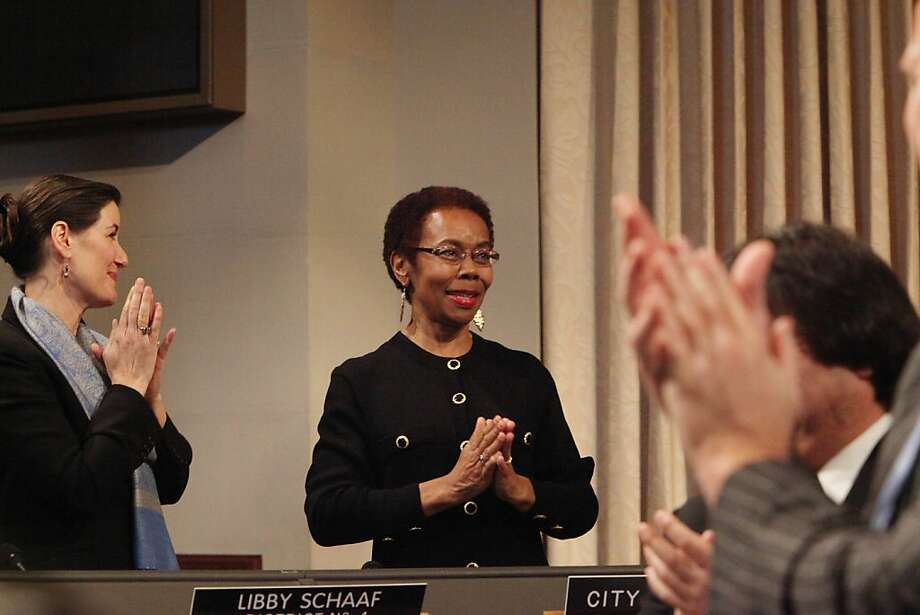 """City Attorney Barbara Parker at her inauguration in January. The city of Oakland won a $15.1 million civil judgement against American Legal Services, a bogus immigration consulting company. """"They were scam artists,"""" Parker said at a City Hall news conference.  """"They stole thousands of dollars from these families who were seeking  help, sometimes their entire lifesavings."""" Photo: Lea Suzuki, The Chronicle"""
