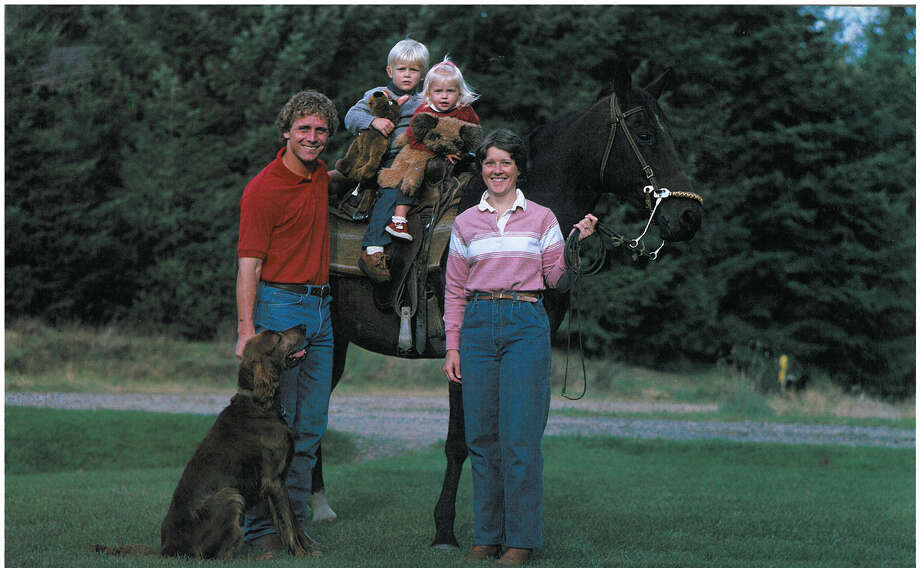 Wide receiver Steve Largent is pictured with his wife, Terry, their children, their horse and their dog. Photo: Corky Trewin/Seattle Seahawks