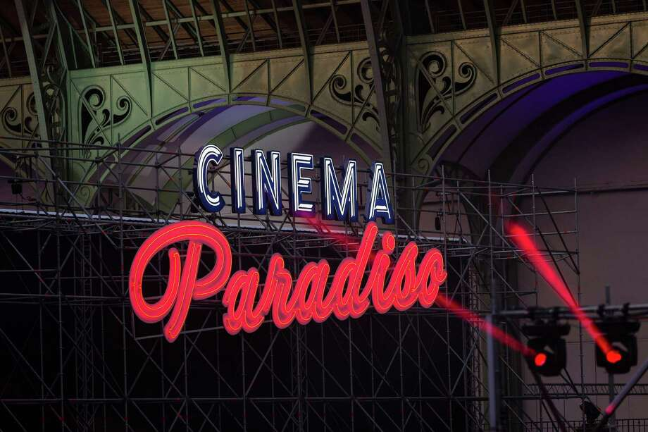 'Cinema Paradiso' sequel: Turns out — it reopens! As a multiplex!