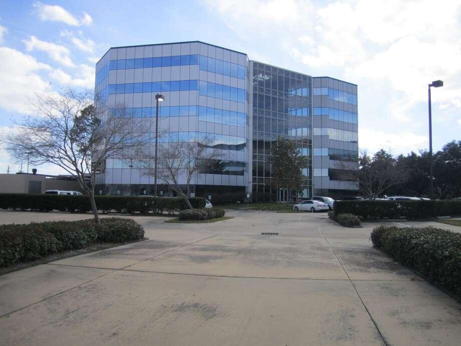 1400 Broadfield Boulevard Photo: Breakwater Equity Partners