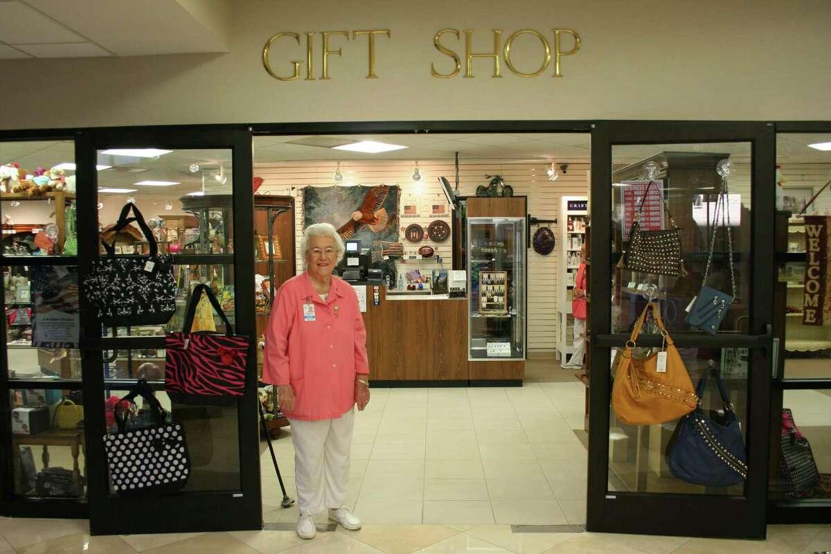 Retiring community leader Dorothy Beckendorf will be honored Nov. 22.