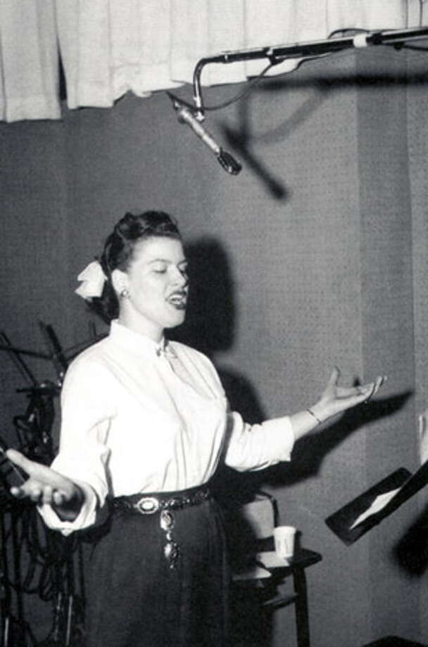 After performing a series of shows to benefit the family of a disc jockey who died in an automobile crash, Country singer Patsy Cline died in a plane crash while on a flight in ppor weather piloted by her manager, Randy Hughes, who was not an instrument-rated pilot. Photo: GAB Archive, Redferns / Redferns