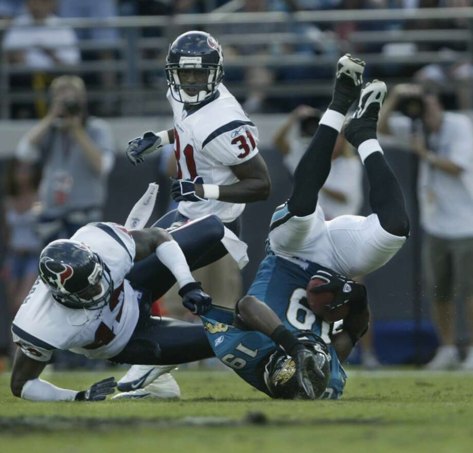 Jaguars 21, Texans 14 Nov. 6, 2005   Greg Jones broke a 14-14 tie with three minutes remaining to give the Jaguars the win. David Carr was sacked six times. Photo: Kevin Fujii, HOUSTON CHRONICLE