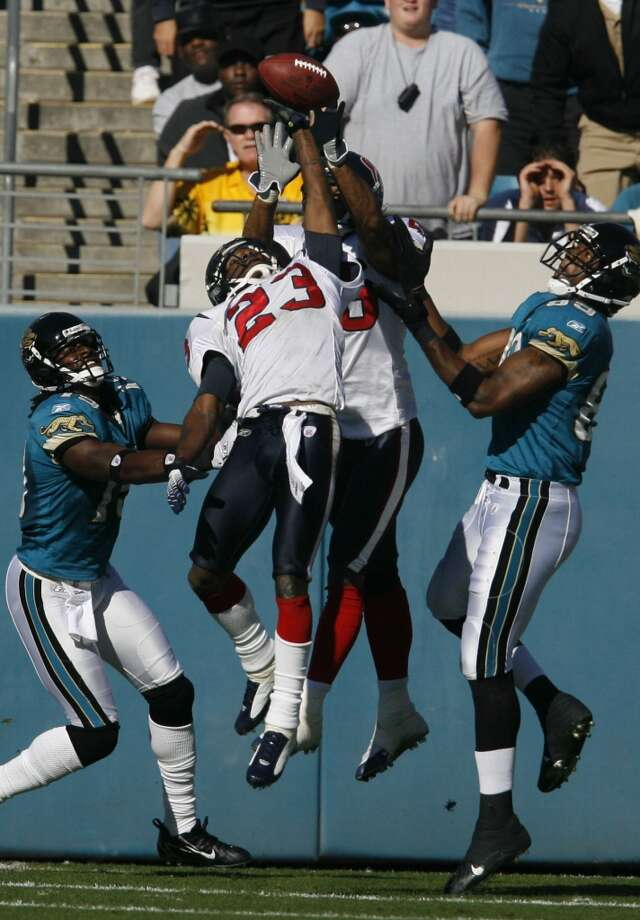 Texans 13, Jaguars 10 Nov. 12, 2006   The Texans kept the Jaguars out of the endzone until Maurice Jones-Drew's 3-yard touchdown with just over four minutes remaining in the game. Photo: Billy Smith II, HOUSTON CHRONICLE