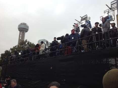 Media members gather in Dallas for the JFL assassination anniversary. Photo: David Hendricks/San Antonio Express-News