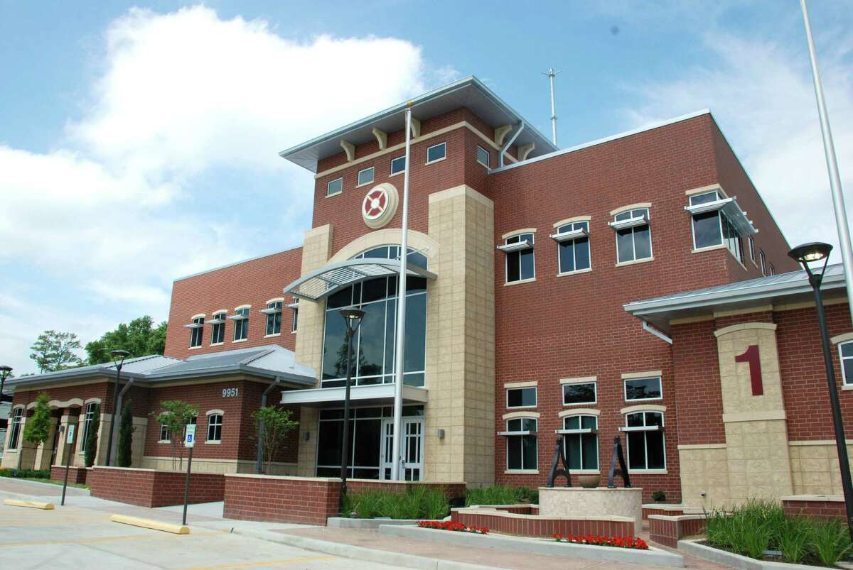 The Woodlands Central Fire Department won a Fire Chief magazine 2013 National Station Style Design Award.