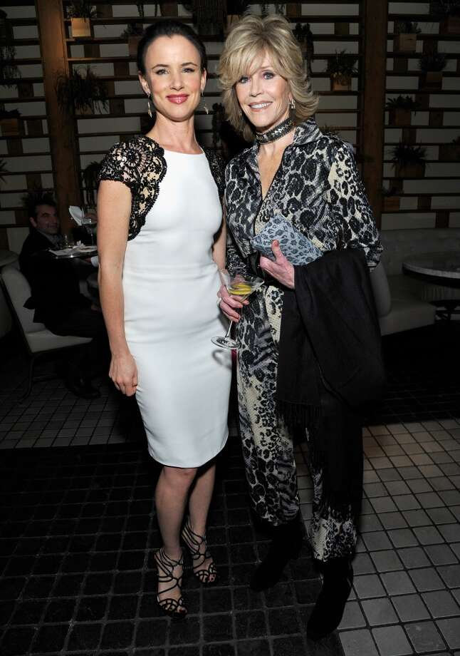 (L-R) Juliette Lewis and Jane Fonda attend the Weinstein Company's holiday party at RivaBella on November 21, 2013 in West Hollywood, California. Photo: John Sciulli, Getty Images For The Weinstein Company