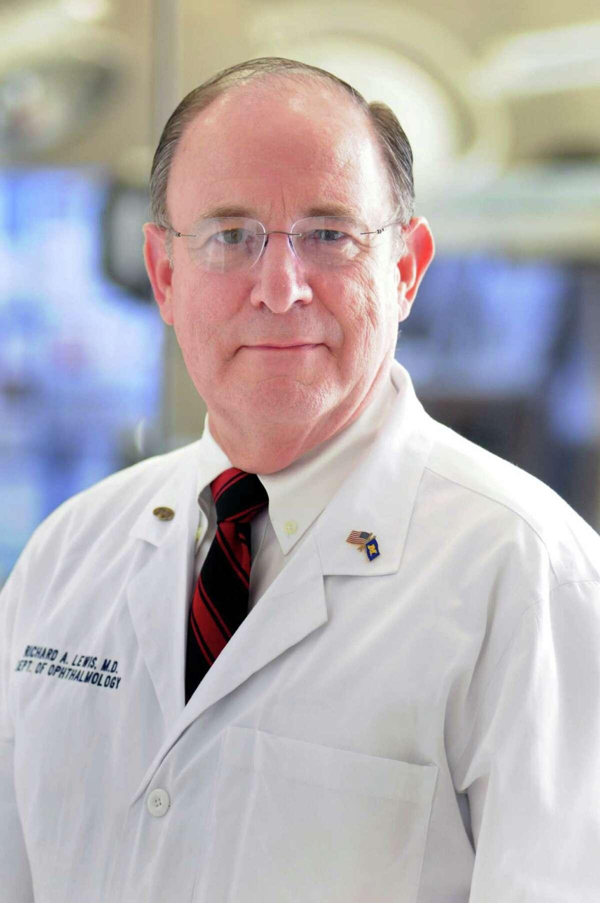 Dr. Richard Lewis