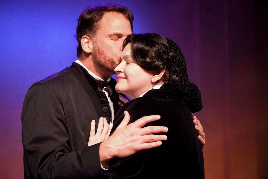 Joe Kirkendall is performing as Abraham Lincoln and  Susan Shofner as Mary Todd Lincoln at the play A Civil War Christmas. Sunday, Nov. 17, 2013, in Houston. ( Marie D. De Jeséºs / Houston Chronicle ) Photo: Marie D. De Jeséºs, Staff / © 2013 Houston Chronicle