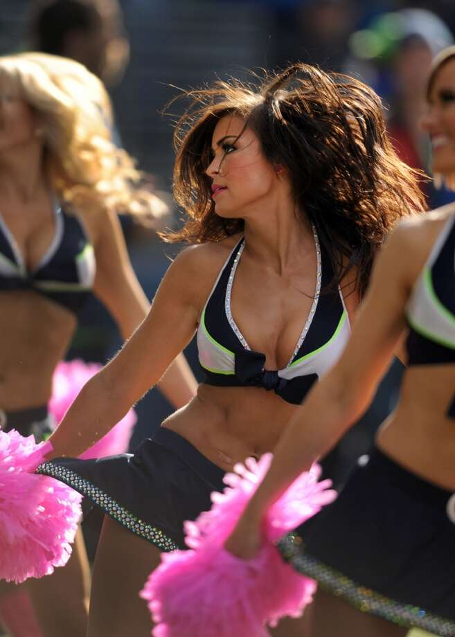Sea Gals perform during the Titans game Oct. 13. Photo: Steve Dykes, Getty Images
