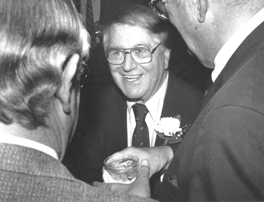Retiring state Sen. Michael Morano at a 1988 testimonial dinner held in his honor. Photo: File Photo, Greenwich Time / Greenwich Time
