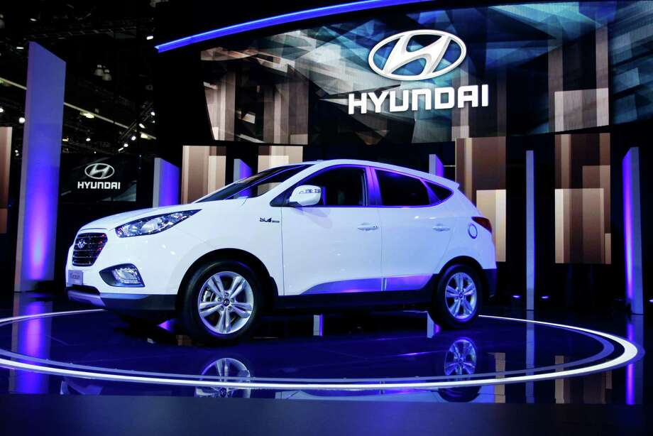 A Hyundai Tucson Fuel Cell Hydrogen-Powered Electric Vehicle is shown during media preview days at the 2013 Los Angeles Auto Show on November 20, 2013 in Los Angeles, California. Photo: David McNew, Getty Images / 2013 Getty Images