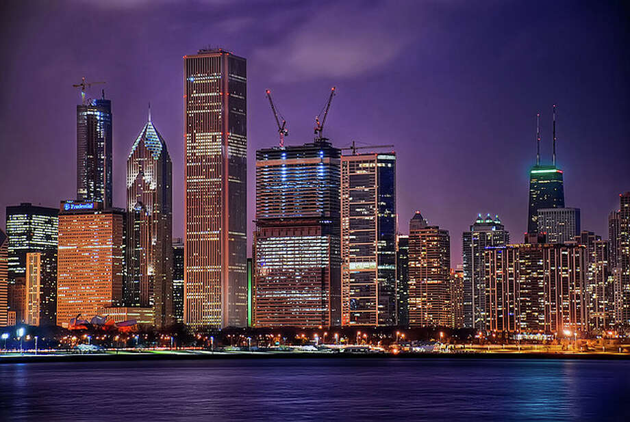 Chicago Skyline at Night by Michael Tuuk.  See the original photo at http://www.flickr.com/photos/michaeltuuk/4299681908/ Flickr/creative commons license Photo: Flickr